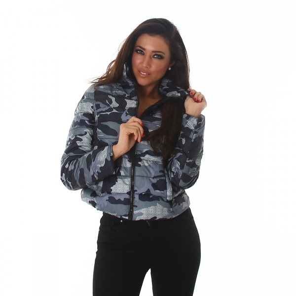 Lined Camouflage Quilted Jacket